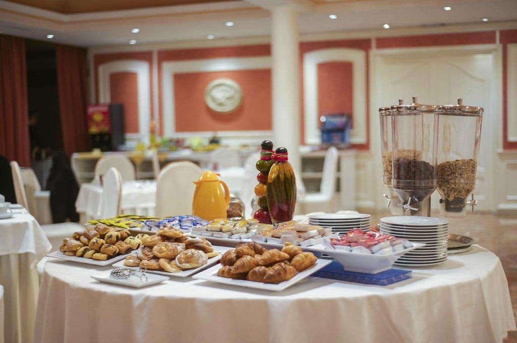 Desayuno Buffet Hostal Torrejón